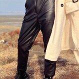 Женские брюки штаны из Эко кожи Кож зам Кожаные Весна Осень черные белые коричневые терракот