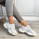 Женские женские кожаные белые кроссовки, перфорация, натуральная кожа