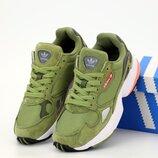 Женские кроссовки Adidas Falcon. Green