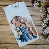 Футболка с принтом блондинка с кофем и телефоном в руках,белая футболка,РАСПРОДАЖА.