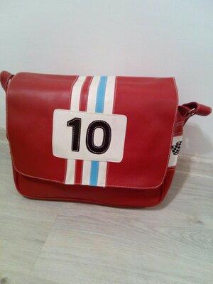 Стильная сумка. Вместительная сумка. Спортивная сумка.