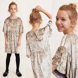 Красивое велюровое платье для девочки Mango