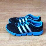 Кроссовки Adidas оригинал 38,5 размера в идеальном состоянии