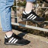 Кроссовки женские Adidas Iniki Runner Triple Black