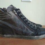Кожаные ботинки сникерсы р.38