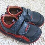 Кожаные демисезонные туфли Clarks размер 5,5 G на 22