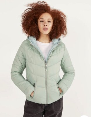 Куртка стеганая , куртка стеганка демисезонная Bershka. куртка жіноча стьогана демісезонна bershka