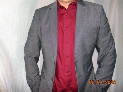 Стильний новий нарядний деловой пиджак бренд H&M.м-л фирменний