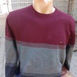 Нарядный свитерок.