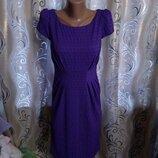 Очень красивое платье из фактурной ткани Per Una