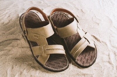 Светлые кожаные сандалии-шлепанцы