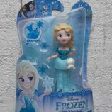 Мини-Кукла Hasbro Disney Frozen Приветливая Эльза C1096 C1190