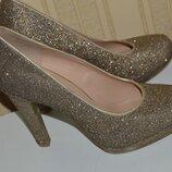 Туфли graceland размер 40, туфлі