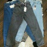 В наличии джинсы Мом