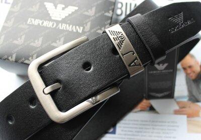 Мужской кожаный ремень Armani черный
