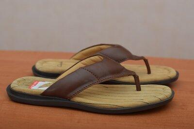 Кожаные коричневые мужские шлепанцы, вьетнамки Clarks. 41 размер. Оригинал