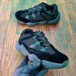 Кроссовки женские черные в стиле adidas Yeezy 500