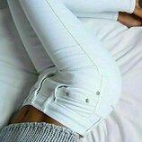 Белые джинсы скинни Не просвечиваются