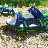 Кожаные босоножки с мигающей подошвой - лучшая обувь на лето 2020 сыночкам