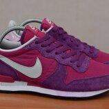 Женские фиолетовые кроссовки Nike Internationalist, найк. 38,5 размер. Оригинал