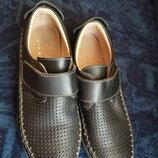 Туфли кожаные на мальчика 30р