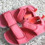 Босоножки сандалии на девочку Next размер 11 на 29