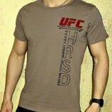 Футболка мужская Reebok UFC кофейная.