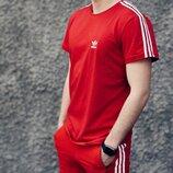 Футболка Adidas Classic красная