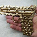 Сувенир, подарок, статуэтка.железный пистолет.револьвер.оружие.ствол