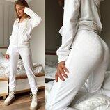 Спортивный костюм Прогулочный костюм для дома Молочного цвета Белый