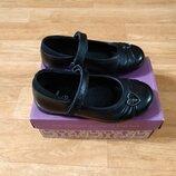 Новые элегантные кожаные туфли туфельки Clarks, р. 27, 17 см