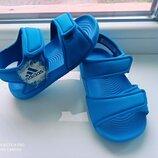 Босоножки аквашузы adidas р.21