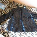 Пиджак расклешенный бренд zara черный латекс