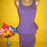 Очень красивое женское платье с баской New Look Нью Лук рр 8 грудь 35-43 см 93% катон