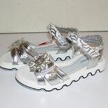 Детские босоножки для девочки серебряные цветок 33-34