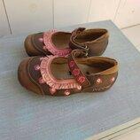 Взуття для дівчинки 23 розміри