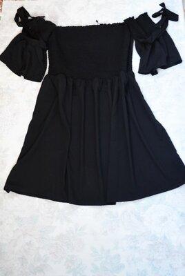 Маленькое черное платьице-скейтер с открытыми плечами от boohoo, 14 размер
