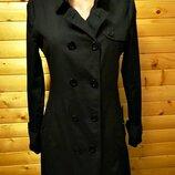 Элегантный плащ тренч дорогого испанского бренда Zara в темно-коричневом цвете.