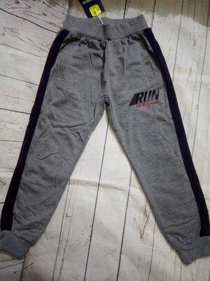 Спортивные штаны 116,122. Венгрия Glassbear