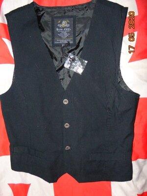Новая стильная нарядная фирменная катоновая брендовая жилетка безрукавка Sublevel.м-л