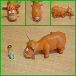 Корова из коллекции Животные на ферме Василия и Василисы игрушка іграшка