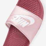 Шлепанцы Nike Benassi