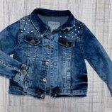 Крутая джинсовая курточка с заклепками