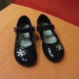 Туфли школьные р. 26 8,5 G Clarks, Вьетнам натур. кожа.