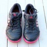 Кожаные кроссовки adidas для бега, стелька 24 см.