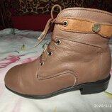 Кожанные сапожки,сапоги,ботинки,полусапожки размер 31 фирма Мальви, б/у