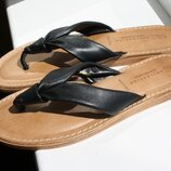 Шлепанцы M&S Collection кожа UK7 40-41 размер узкая стопа