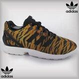 Яркие кроссовки Adidas torsion, тигровый принт