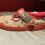 Туфли,текстильные балетки, мокасины,слипоны,кеды, лоферы,тапочки размер 7 фирмы Clarks doodles, б/у