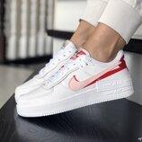 Кроссовки женские Nike Air Force, белый с красным